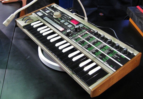 CleverJoe Korg MicrKorg Synth Review Page