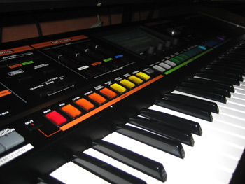 CleverJoe Roland Jupiter-80 Synthesizer Review Page